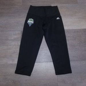 Adidas Sounder Womens Capris Size Small